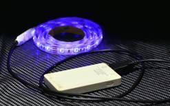 もちろんモバイルバッテリーで点灯可能。 これでも3時間くらいは連続点灯できます。 ※バッテリーの汚れは気にしないでください(;´Д`)