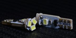 リニューアルしたT5 LEDバルブです。 以前より細身(φ6.5→5.5mm)になり、さらに側面にLEDを配して拡散性を追求しました。